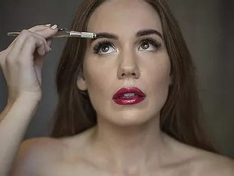 women lashes tool lash extensions sydney microblading brows cosmetic tattooing eyebrow bar semi permanent eyeliner tattoo eyelash extensions near me microblading surry hills paddington sydney salon